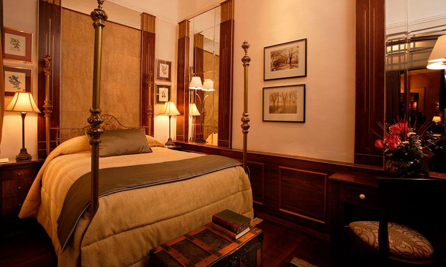 Mansión Alcazar Hotel